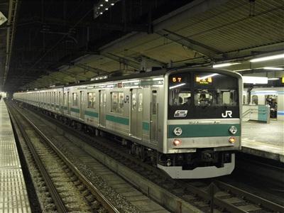 埼京線205系。